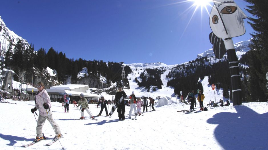 Flaine - book apartments and chalets with ski-france.com